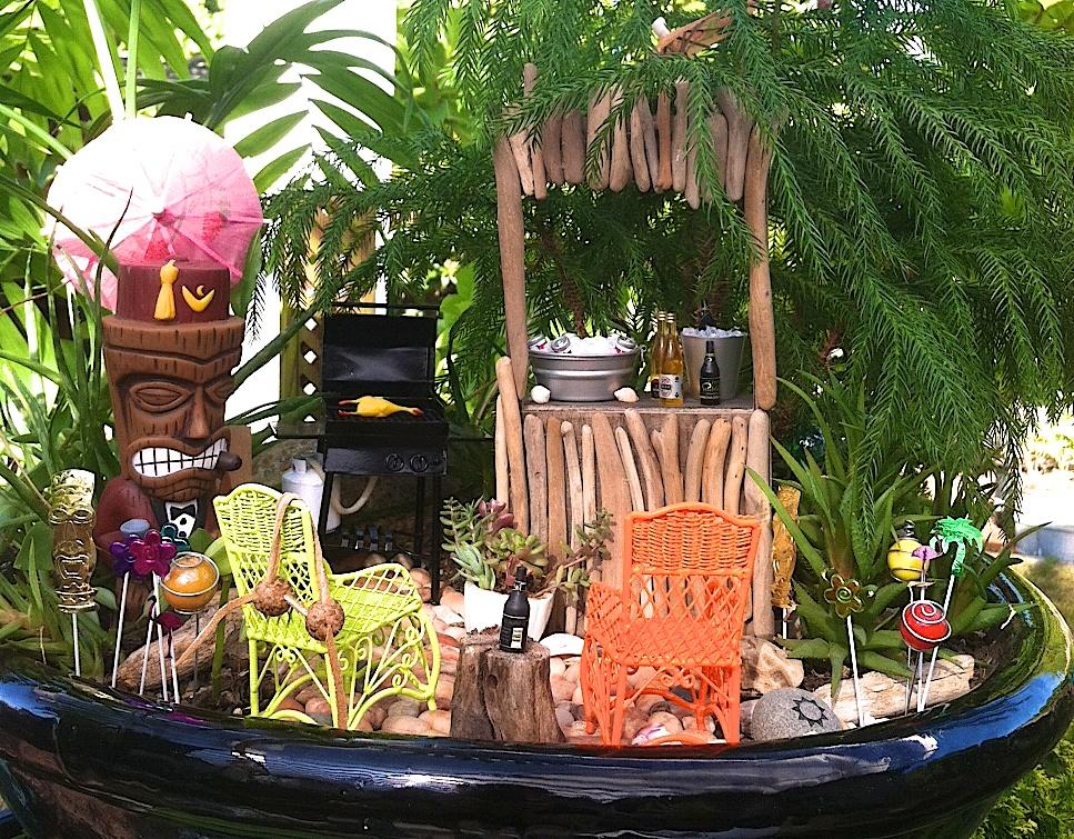 Miniature Tiki Party Garden